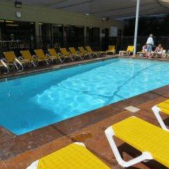 Отель Jockey Club Suites США, Лас-Вегас - отзывы, цены и фото номеров - забронировать отель Jockey Club Suites онлайн бассейн