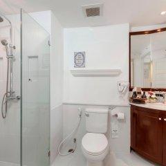 Отель Thavorn Palm Beach Resort Phuket Таиланд, Пхукет - 10 отзывов об отеле, цены и фото номеров - забронировать отель Thavorn Palm Beach Resort Phuket онлайн ванная