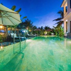 Отель Luna Villa Homestay бассейн