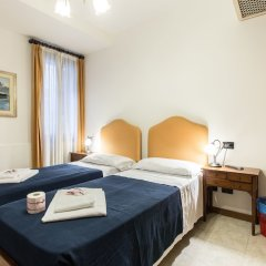 Отель Iris Venice Италия, Венеция - 3 отзыва об отеле, цены и фото номеров - забронировать отель Iris Venice онлайн вид на фасад фото 3