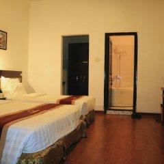 Отель Huong Giang Ханой сейф в номере