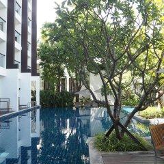 Отель Woodlands Suites Serviced Residences бассейн фото 2
