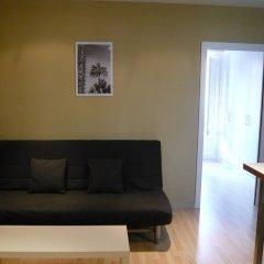 Отель Aparteasy   Your Rental Solution Барселона комната для гостей фото 4