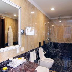 Отель Orion Bishkek Кыргызстан, Бишкек - 1 отзыв об отеле, цены и фото номеров - забронировать отель Orion Bishkek онлайн ванная