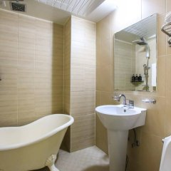 Отель Myeongdong Y House Южная Корея, Сеул - отзывы, цены и фото номеров - забронировать отель Myeongdong Y House онлайн ванная