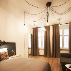 Отель Very Berry - Rybaki 13 - Old Town Познань комната для гостей