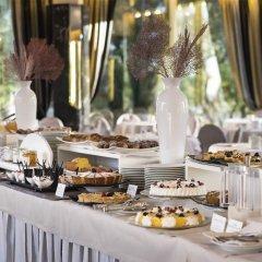 Hotel Ambasciatori Римини питание фото 2