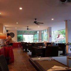 Отель L'esprit de Naiyang Beach Resort питание фото 3