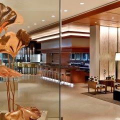 Hilton Riyadh Hotel & Residences гостиничный бар
