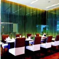The Narathiwas Hotel & Residence Sathorn Bangkok питание