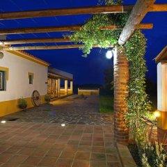 Отель Herdade Naveterra Rural Lodge & Spa парковка