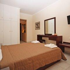 Отель Naias сейф в номере