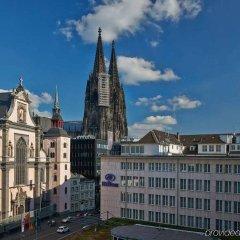 Отель Hilton Cologne Германия, Кёльн - 3 отзыва об отеле, цены и фото номеров - забронировать отель Hilton Cologne онлайн комната для гостей фото 2