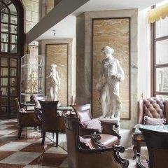 Отель The Royal Plaza Индия, Нью-Дели - отзывы, цены и фото номеров - забронировать отель The Royal Plaza онлайн спа