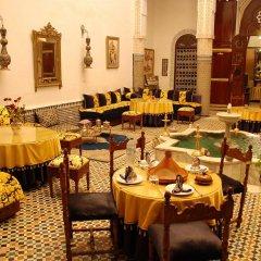 Отель Riad Lalla Zoubida Марокко, Фес - отзывы, цены и фото номеров - забронировать отель Riad Lalla Zoubida онлайн питание