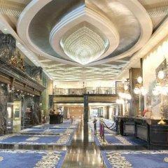 New Orient Landmark Hotel интерьер отеля