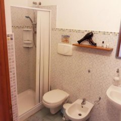 Отель Residence Nuovo Messico Италия, Аренелла - отзывы, цены и фото номеров - забронировать отель Residence Nuovo Messico онлайн ванная фото 2