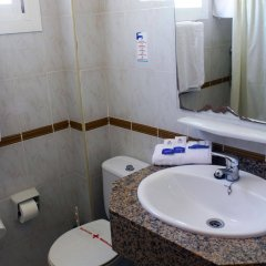 Отель Lively Magaluf - Adults Only ванная фото 2