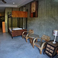 Отель Narakarn Hostel Таиланд, Остров Тау - отзывы, цены и фото номеров - забронировать отель Narakarn Hostel онлайн интерьер отеля