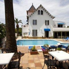 Hotel Capri бассейн фото 3