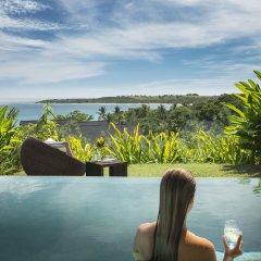 Отель InterContinental Fiji Golf Resort & Spa Фиджи, Вити-Леву - отзывы, цены и фото номеров - забронировать отель InterContinental Fiji Golf Resort & Spa онлайн бассейн фото 2