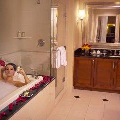 Отель The Signature at MGM Grand США, Лас-Вегас - 2 отзыва об отеле, цены и фото номеров - забронировать отель The Signature at MGM Grand онлайн ванная