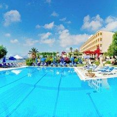 Отель Corfu Palace Hotel Греция, Корфу - 4 отзыва об отеле, цены и фото номеров - забронировать отель Corfu Palace Hotel онлайн бассейн