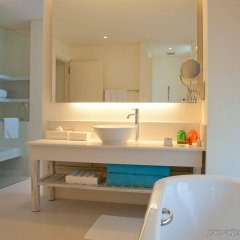 Отель Holiday Inn Resort Kandooma Maldives ванная фото 2