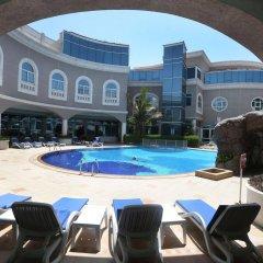 Sharjah Premiere Hotel & Resort бассейн фото 2