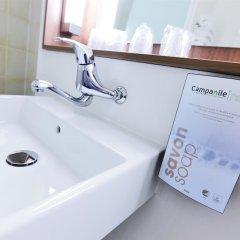 Отель Campanile Paris Est - Porte de Bagnolet Франция, Баньоле - 9 отзывов об отеле, цены и фото номеров - забронировать отель Campanile Paris Est - Porte de Bagnolet онлайн ванная фото 2