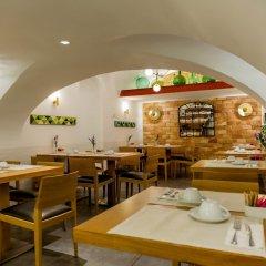 Отель Meninas Испания, Мадрид - 1 отзыв об отеле, цены и фото номеров - забронировать отель Meninas онлайн гостиничный бар