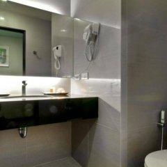 Отель Mida Airport Бангкок ванная фото 2