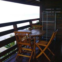 Отель Pension Fare d'hotes Tehuarupe Муреа балкон