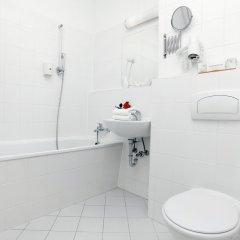 Отель Atrium Charlottenburg Берлин ванная