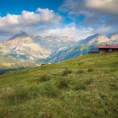 Отель Gstaad Palace Швейцария, Гштад - отзывы, цены и фото номеров - забронировать отель Gstaad Palace онлайн приотельная территория