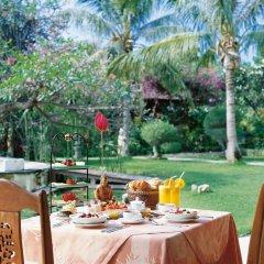 Отель Matahari Beach Resort & Spa питание