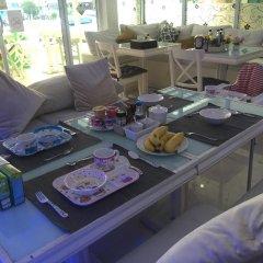 Отель Phuket Airport Suites & Lounge Bar - Club 96 питание