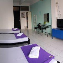 De Talak Hostel Бангкок комната для гостей фото 3