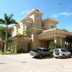 Hotel Quinta Real Луизиана Ceiba парковка