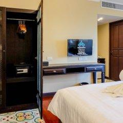 Siri Heritage Bangkok Hotel сейф в номере