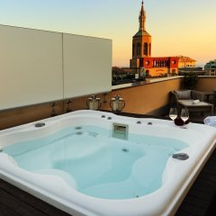 Отель Melia Genova Генуя бассейн
