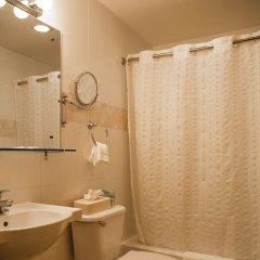Отель Econo Lodge Times Square США, Нью-Йорк - 1 отзыв об отеле, цены и фото номеров - забронировать отель Econo Lodge Times Square онлайн ванная