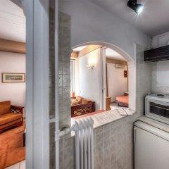 Zina Hotel Apartments в номере