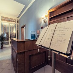 Hotel Duca d'Aosta интерьер отеля