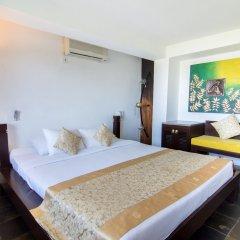 Отель Theva Residency комната для гостей