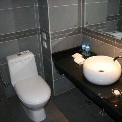 Отель Ci En Hotel Китай, Сиань - отзывы, цены и фото номеров - забронировать отель Ci En Hotel онлайн ванная фото 2