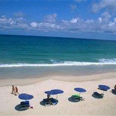 The Club Hotel Phuket пляж