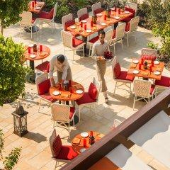 Отель Four Seasons Resort Dubai at Jumeirah Beach питание