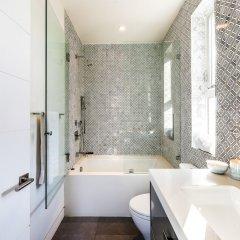 Отель Villa Mode США, Лос-Анджелес - отзывы, цены и фото номеров - забронировать отель Villa Mode онлайн ванная