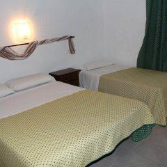Отель Hostal Isabel Испания, Бланес - отзывы, цены и фото номеров - забронировать отель Hostal Isabel онлайн комната для гостей фото 2